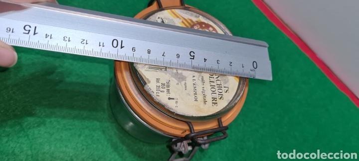 Coleccionismo: Bote de cristal vintage con etiqueta comercial en la parte superior. - Foto 6 - 262372250