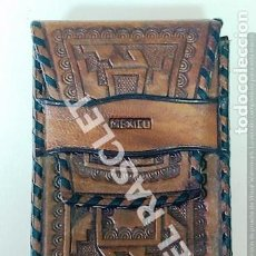 Coleccionismo: ANTIGUA FUNDA DE PIEL PARA PAQUETE DE TABACO - HECHA A MANO - REPUJADO - MEXICO -. Lote 267476954
