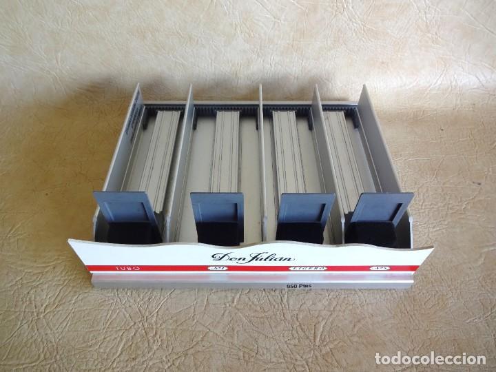 Coleccionismo: antiguo expositor cajas de tabaco don julian aluminio expendedor para estancos - Foto 2 - 268963404