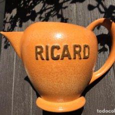 Coleccionismo: JARRA DE CERAMICA RICARD. Lote 273432533