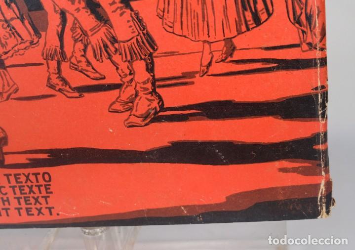 Coleccionismo: Bailes típicos y escudos de España y sus regiones - C.Llobet Busquets - 16 láminas 1929 - Foto 5 - 276406093