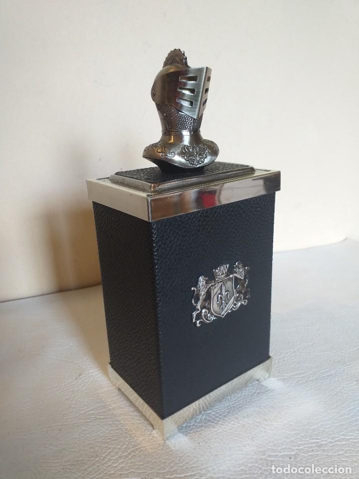 Coleccionismo: TABAQUERA CIGARRERA MUSICAL DETALLE ARMADURA MEDIEVAL - Foto 6 - 276500478