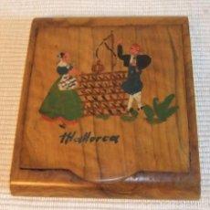 Coleccionismo: ANTIGUA PITILLERA DE MADERA DE OLIVO RECUERDO DE MALLORCA AÑOS 40/50. Lote 280500243