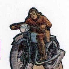 Coleccionismo Recortables: SOLDADO DE CARTÓN TROQUELADO DEL EJÉRCITO POPULAR, EDITADO POR ALM. ALEMANES.SECCIÓN MOTORIZADA. Lote 26401094