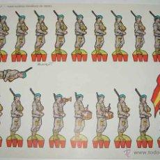 Coleccionismo Recortables: ANTIGUO RECORTABLE DE PARACAIDISTAS ESPAÑOLES EN DESFILE, EDITORIAL TORAY - BEAUMONT - 1962 - MIDE 4. Lote 38245765
