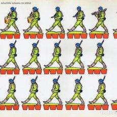 Coleccionismo Recortables: RECORTABLES TORAY GRUPO 1º SOLDADOS 5. INFANTERÍA ALEMANA EN DESFILE (BEAUMONT), 1962. OFRT. Lote 99653364