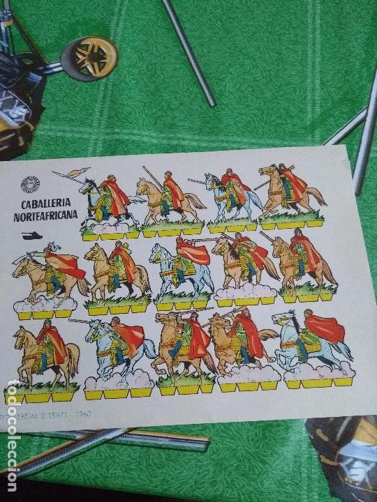 ANTIGUO RECORTABLE CABALLERIA NORTEAFRICANA (Coleccionismo - Recortables - Soldados)