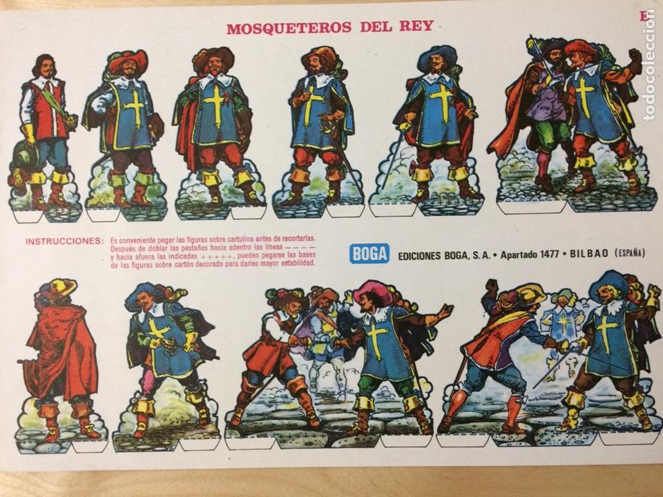 RECORTABLE DE MOSQUETEROS DEL REY. EDICIONES BOGA. 1973. (Coleccionismo - Recortables - Soldados)