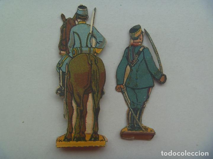Coleccionismo Recortables: LOTE DE 2 FIGURAS DE LA CABALLERIA ESPAÑOLA . RECORTADOS Y MUY ANTIGUOS - Foto 2 - 147577554