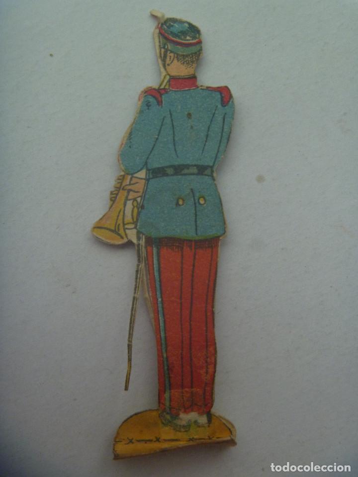 Coleccionismo Recortables: FIGURA DEL EJERCITO ESPAÑOL : MUSICO . RECORTADO Y MUY ANTIGUO - Foto 2 - 147670418