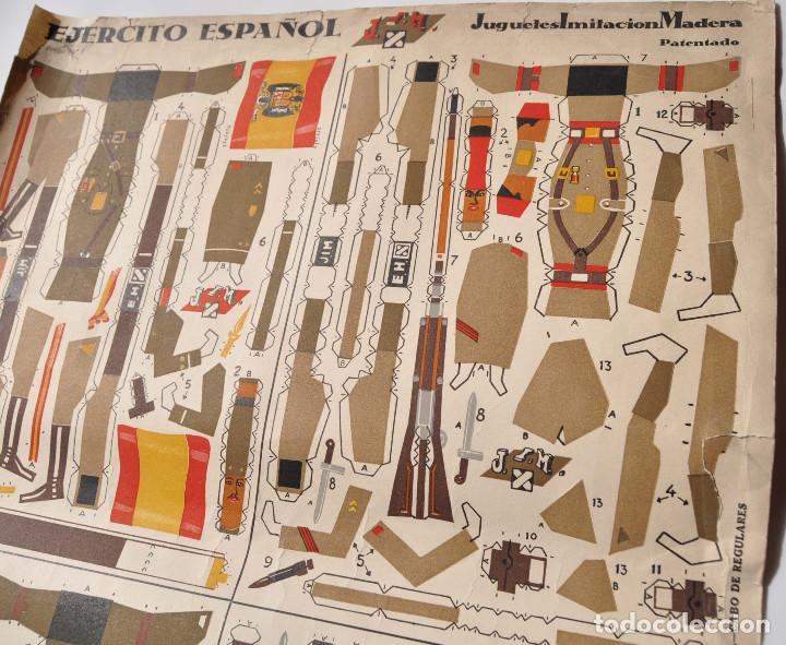 Coleccionismo Recortables: RECORTABLES EJERCITO ESPAÑOL. JUGUETES IMITACIÓN MADERA. TENIENTE ABANDERADO. CABO REGULARES.TERCIO. - Foto 3 - 154639114