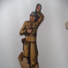 Coleccionismo Recortables: EJERCITO POPULAR CAPITAN ORIGINAL GUERRA CIVIL SALIAN EN SOBRES SORPRESA O COMO OBSEQUIO. Lote 189817016
