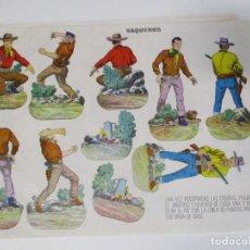 Coleccionismo Recortables: RECORTABLE VAQUEROS EDITADOS POR ESTAMPAS DE ESPAÑA AÑOS 60S MEDIDAS: 34 X 24 CM. Lote 206436183