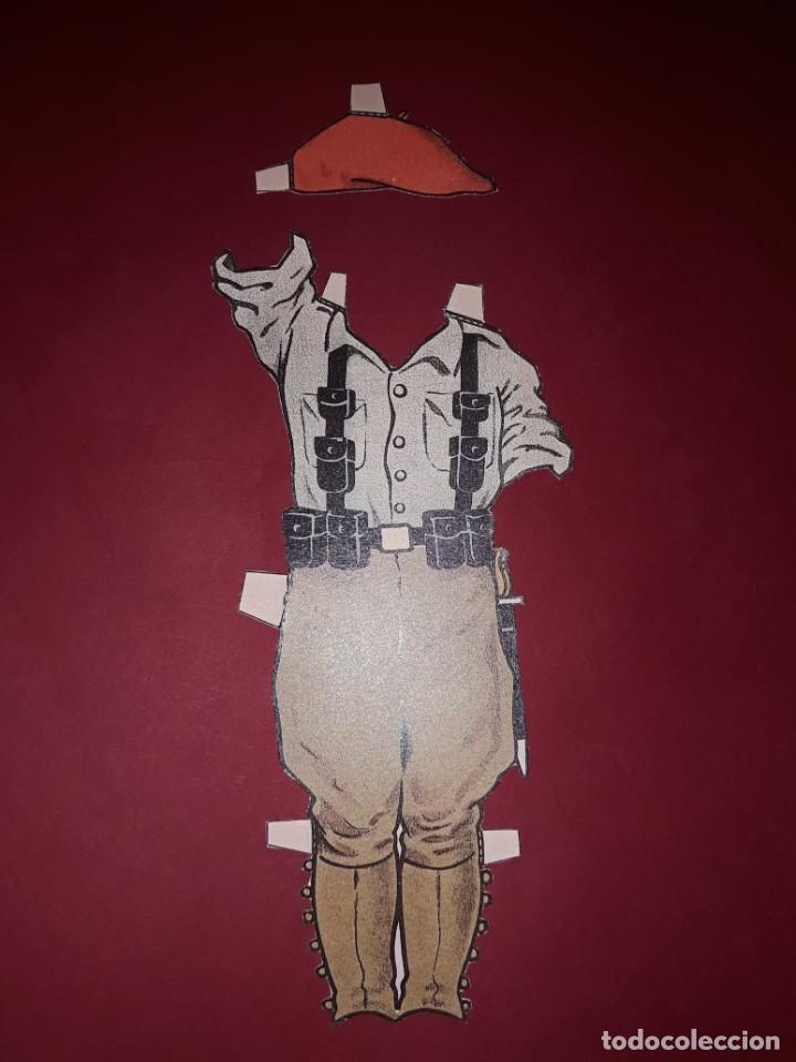 Coleccionismo Recortables: Antiguo Recortable Niño de Falange Guerra Civil Española con los 4 trajes Completo - Foto 4 - 244403545