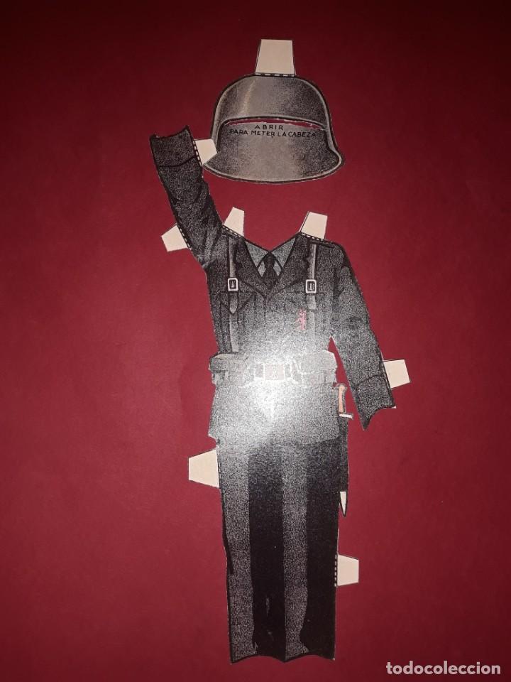 Coleccionismo Recortables: Antiguo Recortable Niño de Falange Guerra Civil Española con los 4 trajes Completo - Foto 6 - 244403545