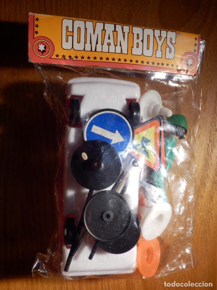 Coman Boys: COMANSI COMAN BOYS MECANICO ESSO CON COCHE Y SEÑALES BLISTER CERRADO ORIGINAL - Foto 2 - 150698274