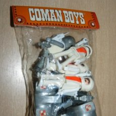 Coman Boys: COMANSI COMAN BOYS DEL ESPACIO BOLSA 4 ASTRONAUTAS + 2 MOTOS LUNARES Y ACCESORIOS SPACE COMANBOYS. Lote 202995705