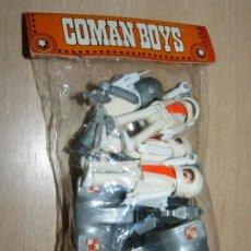 Coman Boys: COMANSI COMAN BOYS DEL ESPACIO BOLSA 4 ASTRONAUTAS + 2 MOTOS LUNARES Y ACCESORIOS SPACE COMANBOYS. Lote 203841041