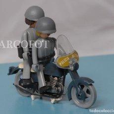 Coman Boys: 2 COMAN BOYS EN MOTO - POLICÍA MILITAR - EL DE LAS FOTOS. Lote 208296348