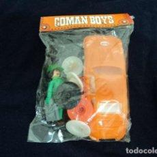 Coman Boys: JUGUETE ANTIGUO COMAN BOYS COCHE PORSCHE Y MECANICO AÑOS 80 EN BLISTER ORIGINAL COMPLETO. Lote 209866663