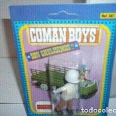 Coman Boys: COMAN BOYS CRUZ ROJA JEFE CON RADIO, PALA Y CASCO ( 1970 ).. Lote 211745904