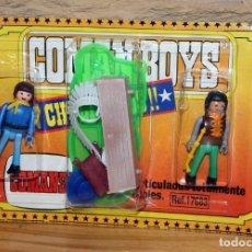 Coman Boys: COMAN BOYS - BLISTER CON 2 FIGURAS + COMPLEMENTOS - INDIO Y VAQUERO - NUEVO, SIN USO - AÑOS 70. Lote 227569452