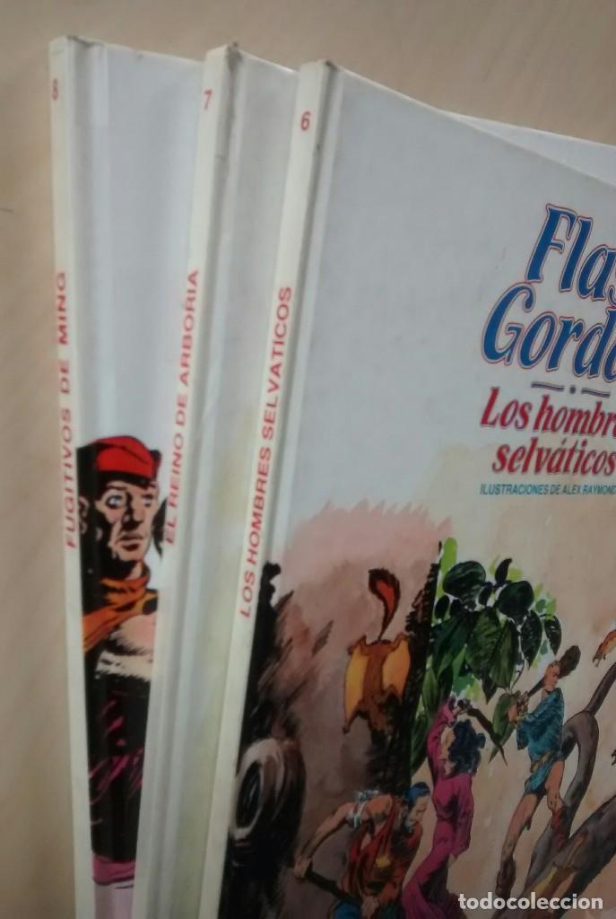 Cómics: Flash Gordon - El Reino de Arboria, Los Hombres selváticos, Fugitivos de Ming - ed. Burulan 1983 - Foto 2 - 63551528