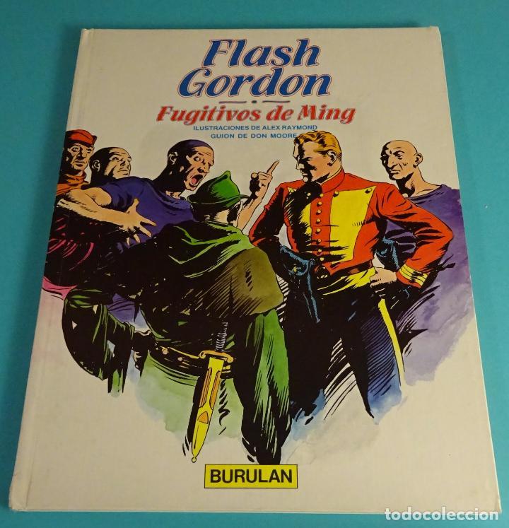 FLASH GORDON. FUGITIVOS DE MING. ILUSTRACIONES DE ALEX RAYMOND. GUIÓN DE DON MOORE (Tebeos y Comics - Buru-Lan - Flash Gordon)