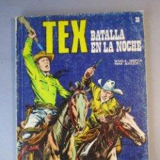 Cómics: TEX (1970, BURU LAN) 38 · 1971 · BATALLA EN LA NOCHE. Lote 155388774