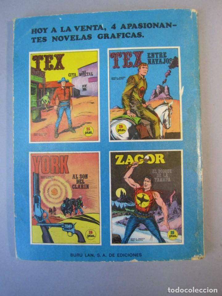 Cómics: TEX (1970, BURU LAN) 12 · 1971 · ENTRE NAVAJOS - Foto 2 - 155431382