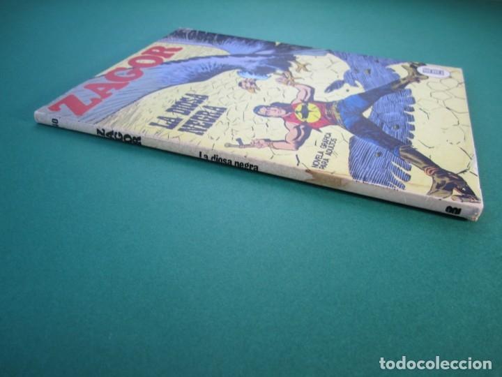 Cómics: ZAGOR (1971, BURU LAN) 40 · 15-I-1973 · LA DIOSA NEGRA - Foto 3 - 175076277
