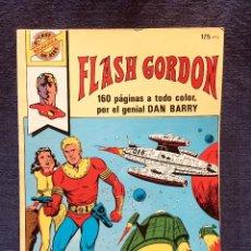 Cómics: FLASH GORDON HÉROE MUNDIAL DAN BARRY EDICIÓN POCKET DE ASES BOLSILLO A COLOR AÑOS 80 Nº 25. Lote 183167837