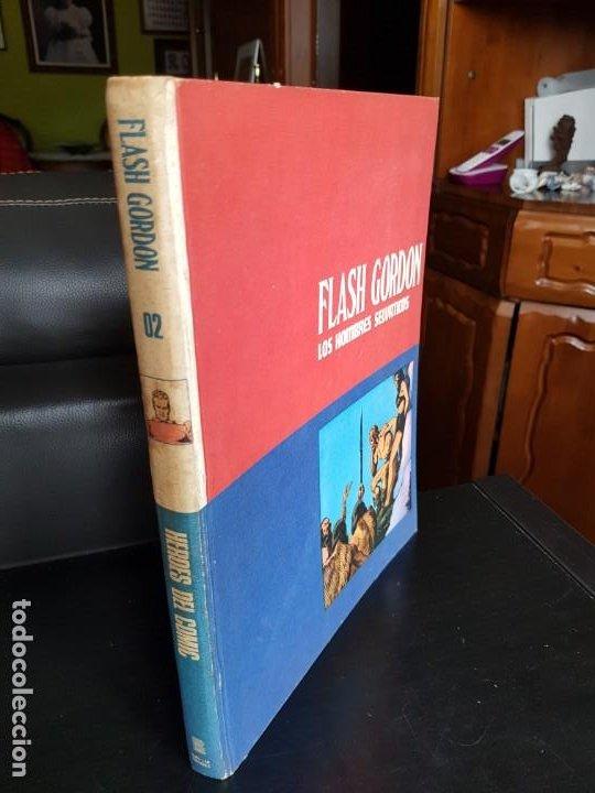 Cómics: TEBEO / CÓMIC TOMO 2 FLASH GORDON BURU LAN 1972 LOS HOMBRES SELVÁTICOS ORIGINAL - Foto 2 - 194221315