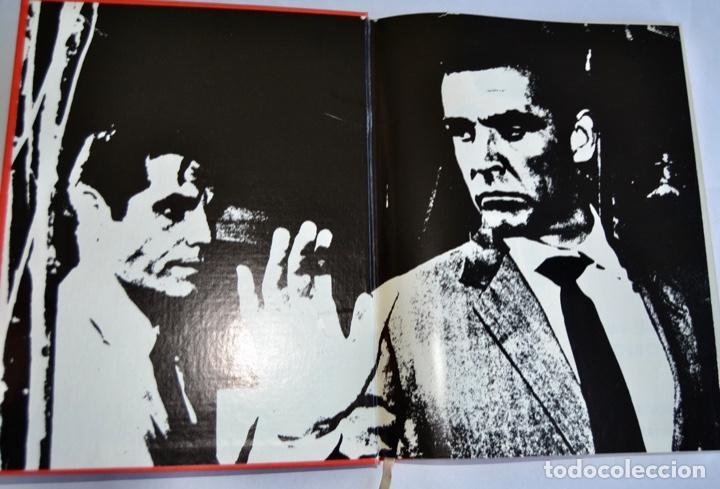Cómics: James Bond. Tomo II. Ediciones Burulan. Ilustrador, Horak. Guión, Ian Fleming. San Sebastián, 1974 - Foto 2 - 201227563