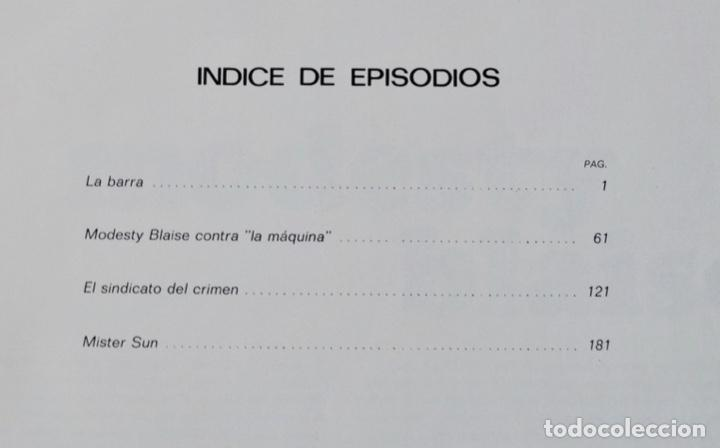 Cómics: Modesty Blaise. Tomo I. Ediciones Burulan. Ilustrador, Jim Holdaway. Guión, Peter O´ Donnell. 1974 - Foto 3 - 201229010