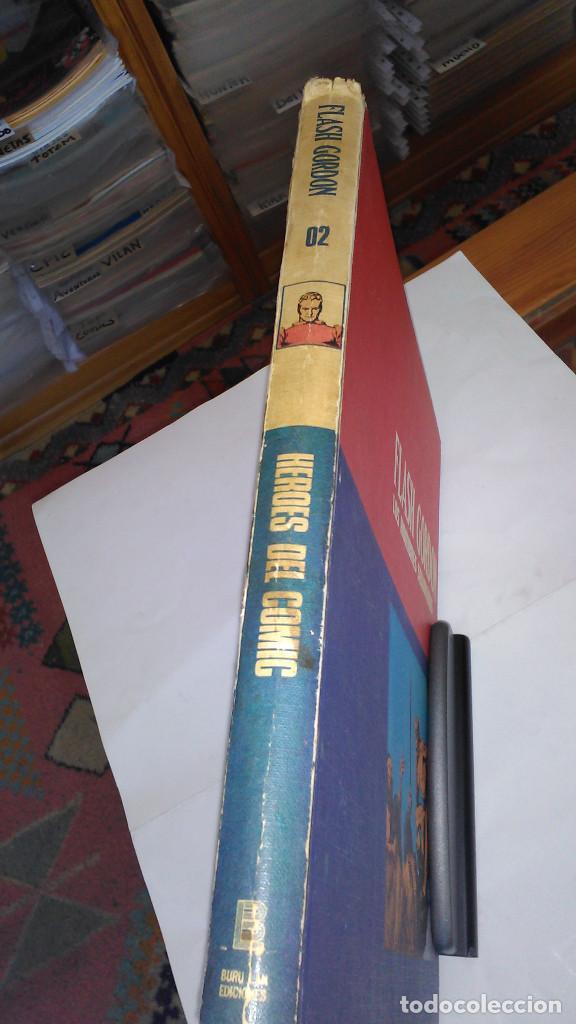 Cómics: * FLASH GORDON * TOMO 02 * LOS HOMBRES SELVATICOS * EDICIONES BURULAN 1972 * - Foto 2 - 205885718