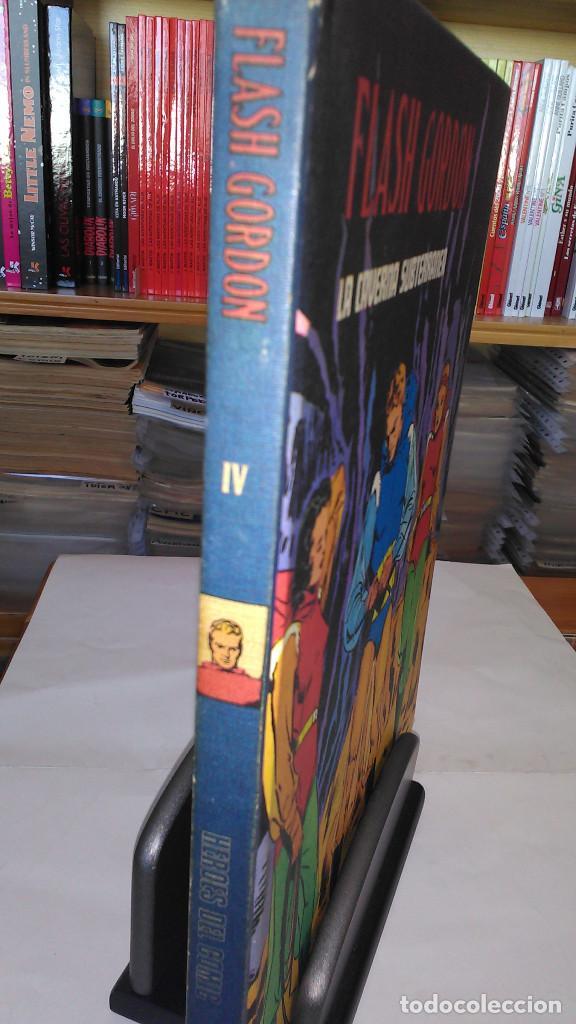 * FLASH GORDON * TOMO IV * HEROES DEL COMIC * LA CAVERNA SUBTERRANEA * EDICIONES BURULAN 1972 * (Tebeos y Comics - Buru-Lan - Flash Gordon)