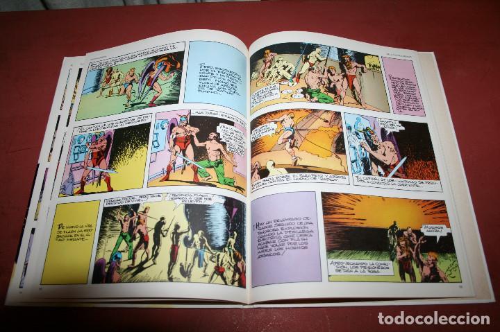 Cómics: FLASH GORDON, DE LA TIERRA A MONGO... - RAYMOND / MOORE - BURULAN - 1984 - Foto 3 - 212229073