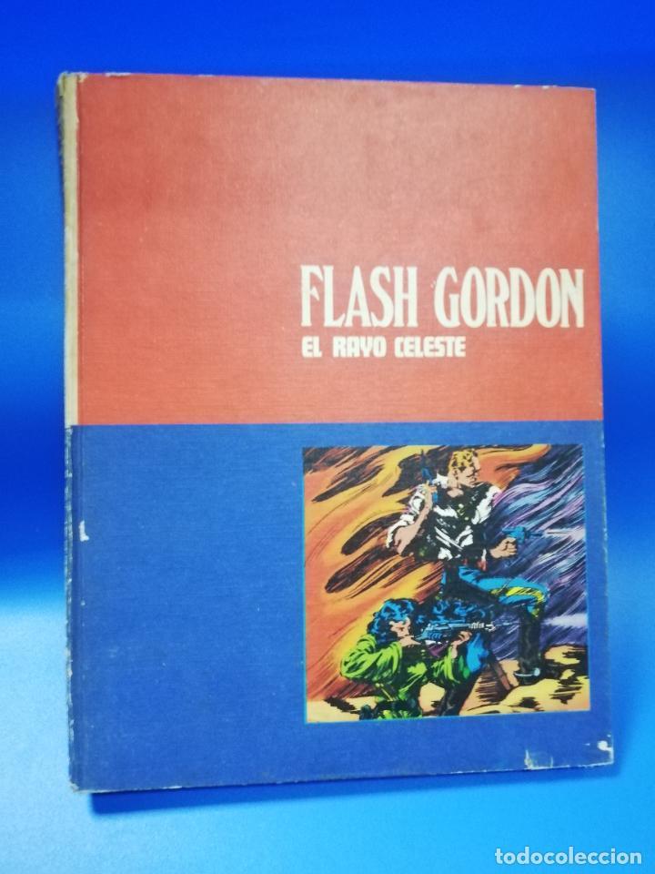 FLASH GORDON EL RAYO VERDE. TOMO 01. BURU LAN, S.A. DE EDICIONES. 1972. PAGS. 200. (Tebeos y Comics - Buru-Lan - Flash Gordon)