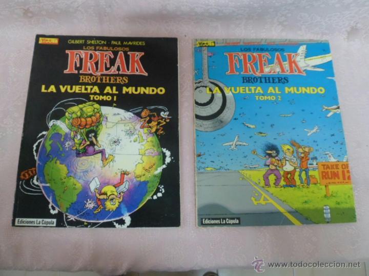 LOS FABULOSOS FREAK BROTHERS LA VUELTA AL MUNDO LOTE DEL I Y II (Tebeos y Comics - La Cúpula - El Víbora)