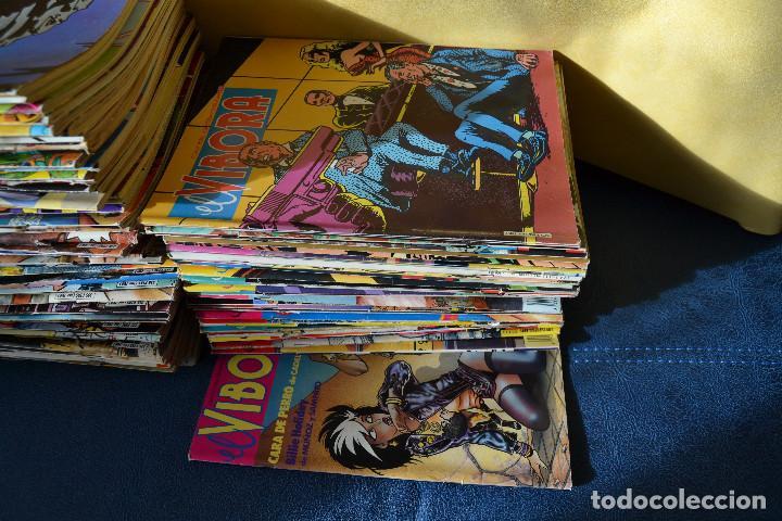 EL VIBORA Nº 101 AL Nº 136 FALTAN LOS Nº 108, 109, 113, 114, 121, 125 Y 126 (Tebeos y Comics - La Cúpula - El Víbora)