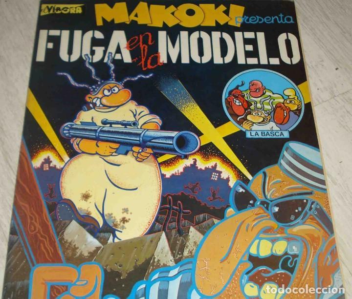 MAKOKI. FUGA EN LLAMODELO (Tebeos y Comics - La Cúpula - El Víbora)