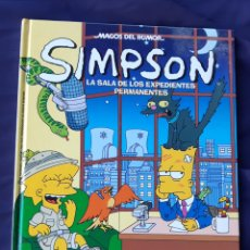 Cómics: MAGOS DEL HUMOR - SIMPSON N°24 LA SALA DE LOS EXPEDIENTES PERMANENTES. Lote 171057492