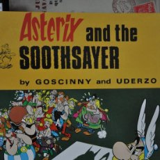 Cómics: ASTERIX AND THE SOOTHSAYER. Lote 28902045