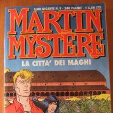 Cómics: MARTIN MYSTERE ALBUM GIGANTE Nº 9 LA CITTA' DEI MAGHI. Lote 48832396