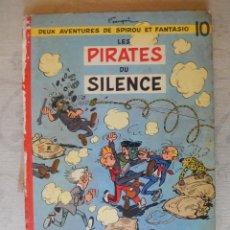 """Cómics: DEUX AVENTURES DE SPIROU ET FANTASIO """"LES PIRATES DU SILENCE"""" Nº10, DUPUIS. Lote 49701780"""