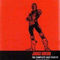 Comics - Judge Dredd: The Complete Case Files Vol 1 - 120805311