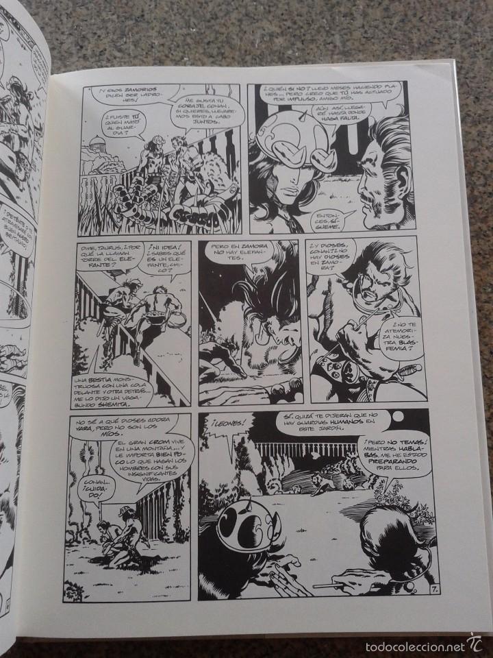 Cómics: CONAN -- TOMO 2 -- ROY THOMAS & BARRY WINDSOR-SMITH -- FORUM -- - Foto 2 - 58117603