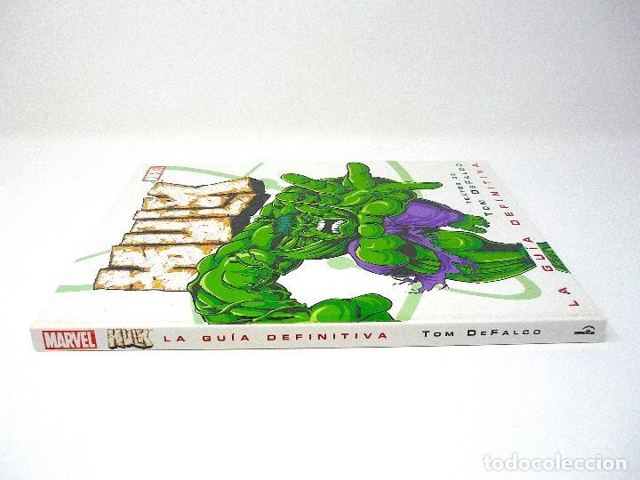 Cómics: HULK LA GUIA DEFINITIVA TOM DE FALCO EDICIONES B 2003 - Foto 3 - 129972887