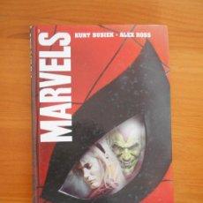 Cómics: MARVELS - KURT BUSIEK - ALEX ROSS - FORUM - TAPA DURA (GC). Lote 196754907